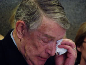 Tearful Martin Sabo announces retirement from Congress | Minnesota Public Radio News - 20060318_sabotears_2