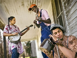 Rhiannon Giddens, Justin Robinson, and Dom Flemons of Carolina Chocolate Drops