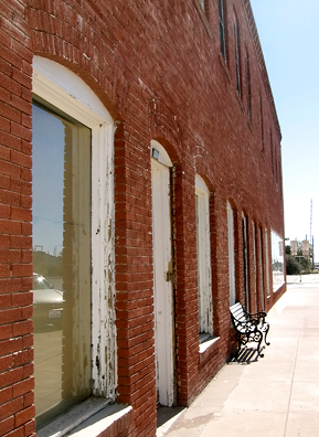 Another Old West Marfa building.