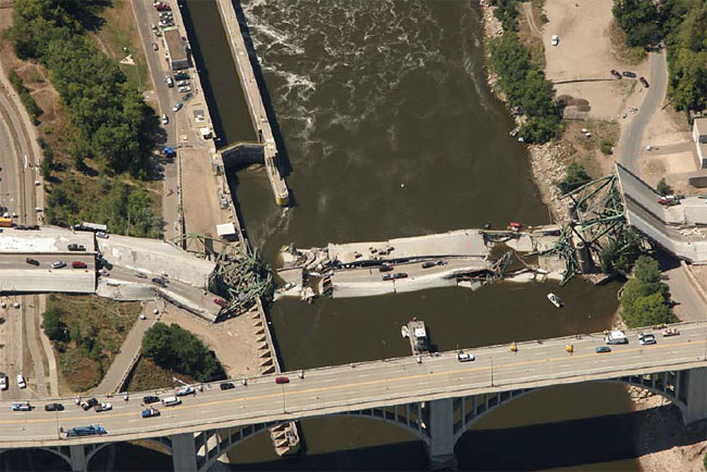 An aerial photo of the I-35W bridge collapse.