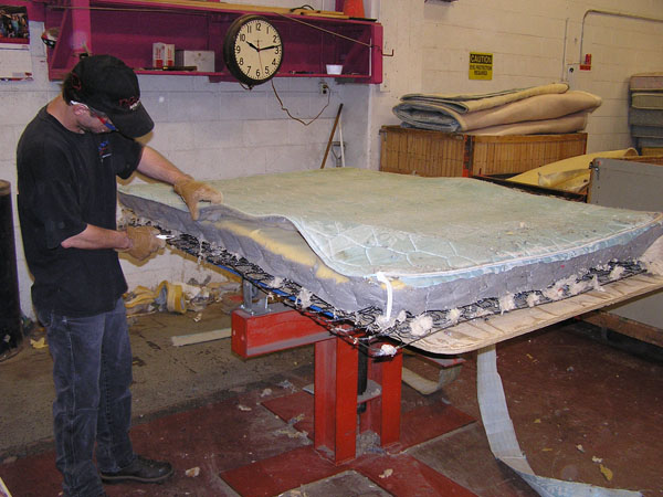 Mattress Recycling : Mattress recycling keeps box springs out of the landfill  Minnesota ...