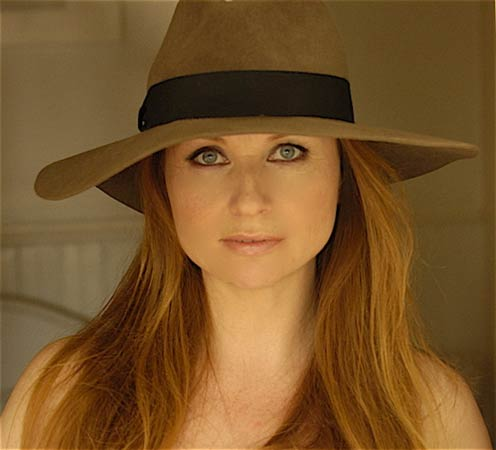 Singer / Songwriter Judith Owen