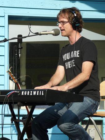 Singer/Songwriter Dan Wilson