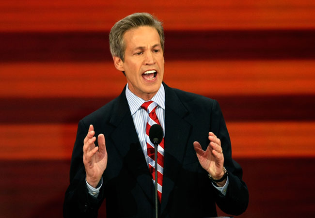 Sen. Norm Coleman speaks on day three of the Republican National Convention in St. Paul.