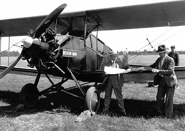 A Northwest Airways airmail plane operated by Western Union. 1927.