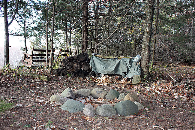 Camping Fire: Benefits and Risks