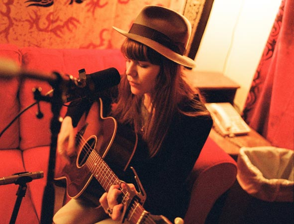 Singer / Songwriter Jenny Lewis