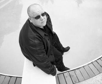 Singer / Songwriter Frank Black of the Pixies.