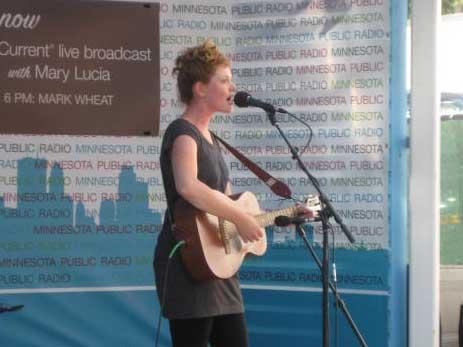 Singer / Songwriter Haley Bonar