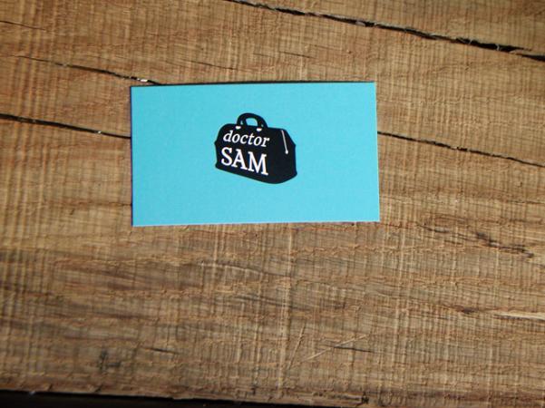 Dr. Sam Willis' business card.