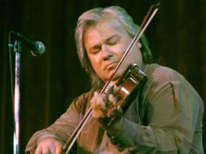 Multi-instrumentalist Peter Ostroushko