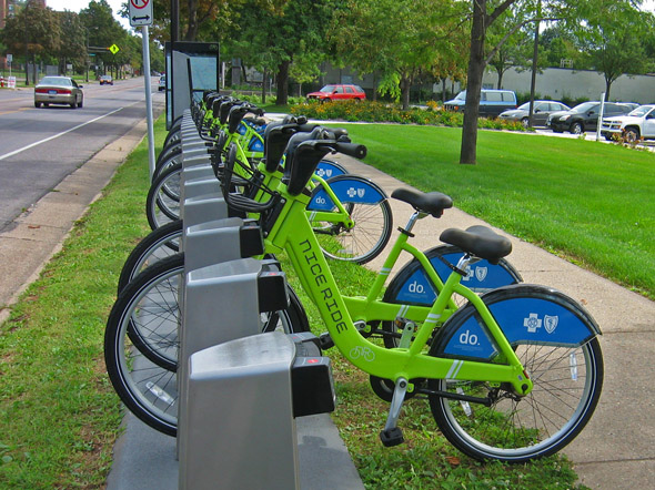 Bikes Minneapolis Like forget the green bikes