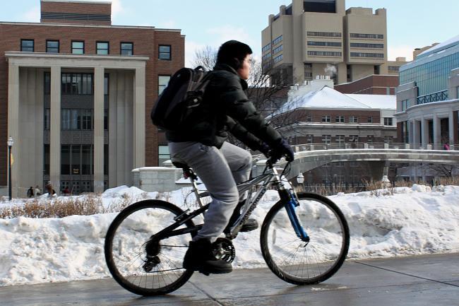 Nonprofit: Big rise in metro biking, walking
