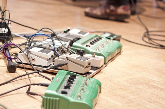 Meric Long's guitar effects pedal set-up.