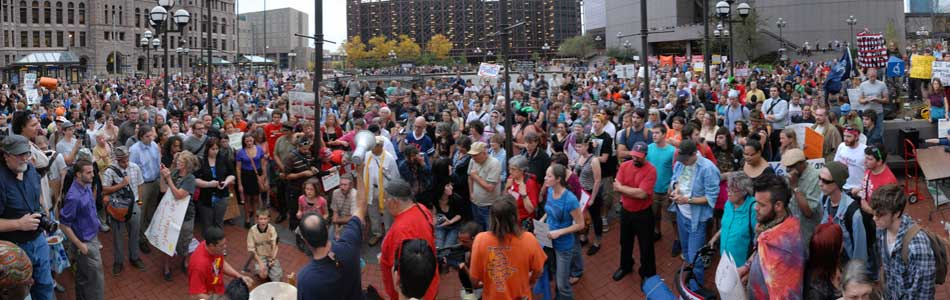 A panoramic view of a crowd of demonstrators on Oct. 7, 2011 in Minneapolis.
