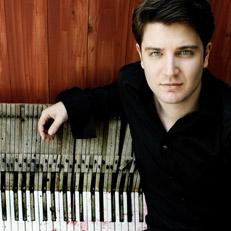 Alessio Bax, piano