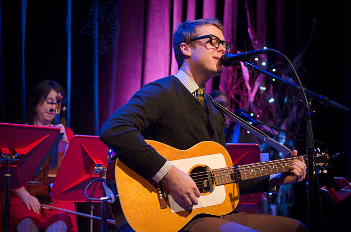 Jeremy Messersmith plays his Gibson Folksinger in a December 2011 performance at Minnesota Public Radio.