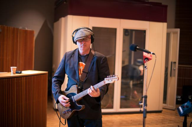 Thomas Dolby's guitarist in the Current studio.