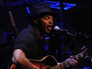 Bluesman Guy Davis