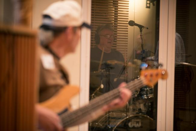 Hypstrz performs in The Current studios