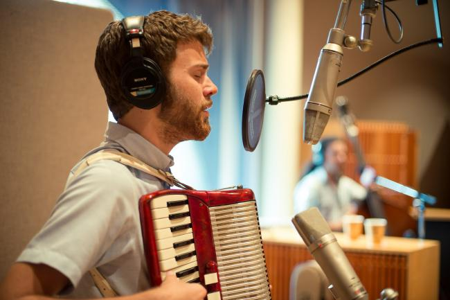 John Mark Nelson performs in The Current studios