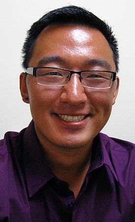Hmong Gay 24