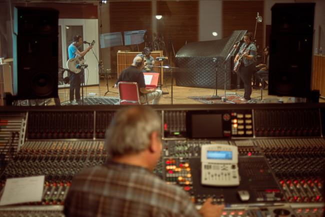 Alabama Shakes perform in The Current studio