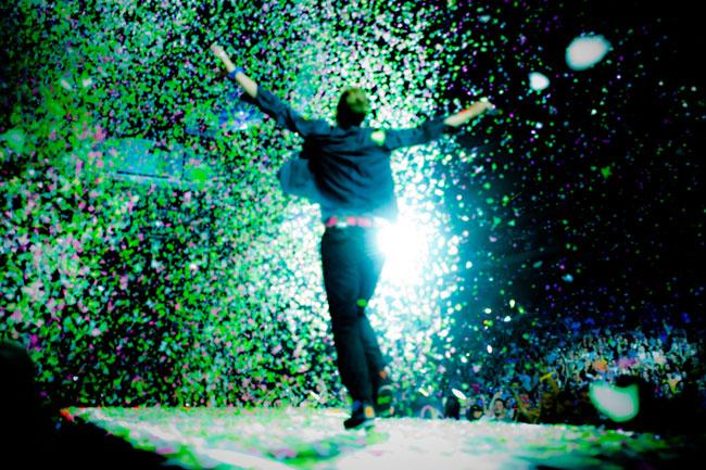 Coldplay came to St. Paul's Xcel Energy Center armed with a confetti cannon.