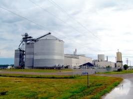 Federal ethanol standard comes under new scrutiny