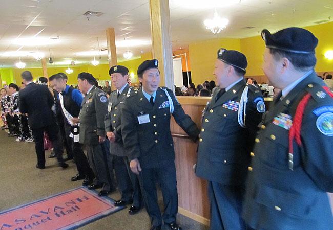 20121111_veterans-home-hmong_33.jpg