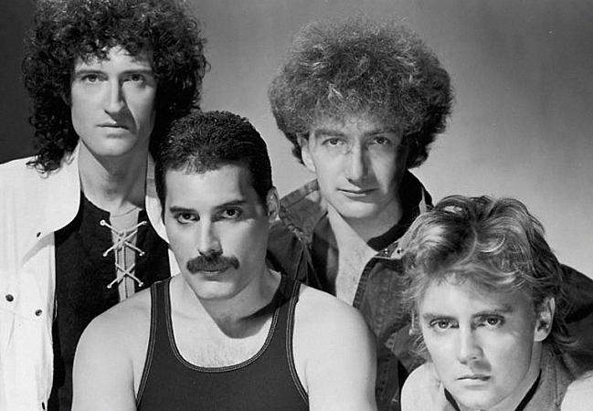 Queen: Brian May, Freddie Mercury, John Deacon and Roger Meddows