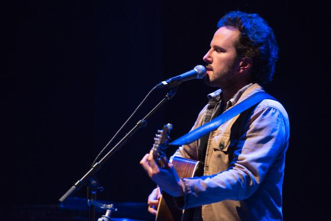 Mason Jennings performs at Red Wing's Sheldon Theater for Caravan Du Nord.
