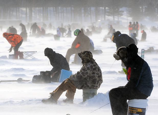Spotty midwestern snow a mixed bag for businesses for Ice fishing extravaganza