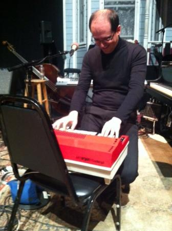 Performance Today surprised the 35 year-old Roberto Plano with a Bontempi organ, very similar to the one he played as a 3 year-old.