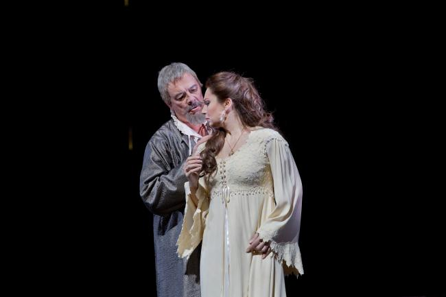"Ferruccio Furlanetto as Philip II and Barbara Frittoli as Elisabeth de Valois in Verdi's ""Don Carlo."" (Ken Howard/Metropolitan Opera)"