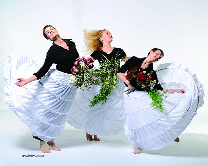 Dancers Judith Howard, Laura Selle Virtucio, Erin Thompson in