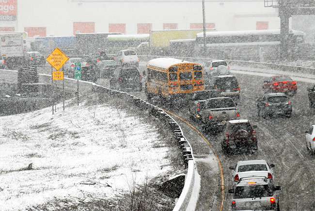 storm to sweep across Minnesota dropped as much as 8 inches of snow