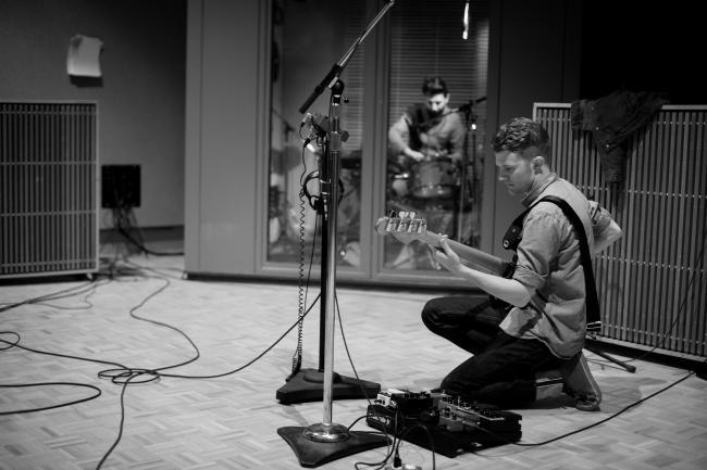 Mike Simons on bass.