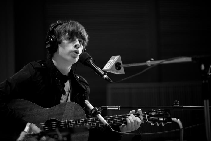 Jake Bugg performing live in The Current studios