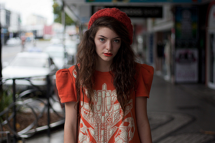 New Zealand-native Ella Yelich-O'Connor, who uses the stage name Lorde, remains top of table this week on The Chart Show.