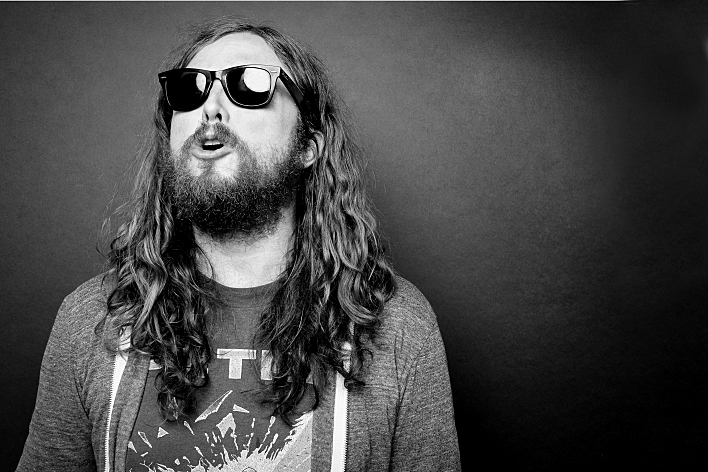 J Roddy Walston singing and posing for a portrait at the studios of 89.3 The Current.