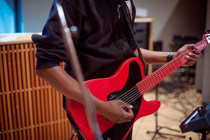 Black Joe Lewis' plays his guitar in The Current studios.
