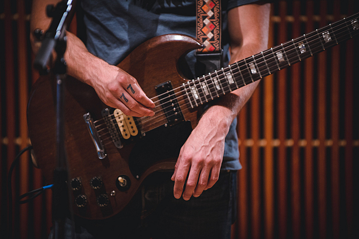 Gibson SG used by Blitzen Trapper's Eric Earley.