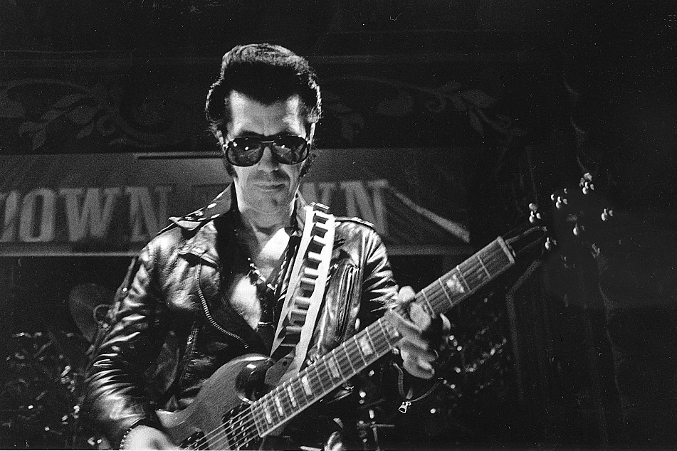 Link Wray's fuzzy guitar gets a nod for today's History Highlight.