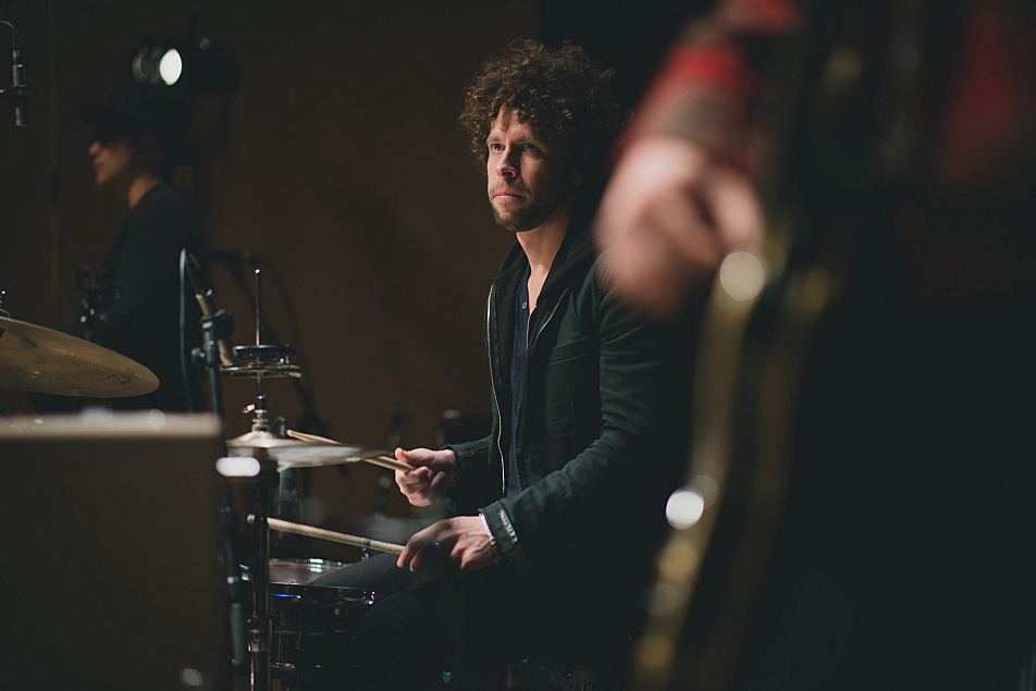Johnny Radelat on drums with Gary Clark Jr. in the UBS Forum.