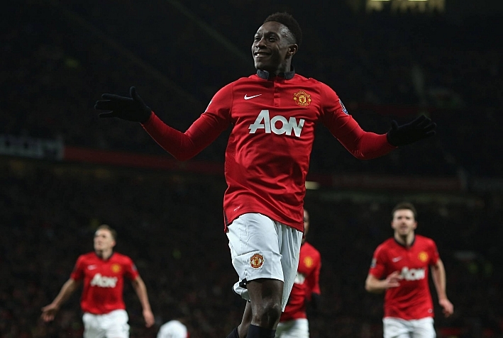 Manchester United secured their first win of 2014 as goals from Antonio Valencia and Danny Welbeck earned them victory over Swansea.