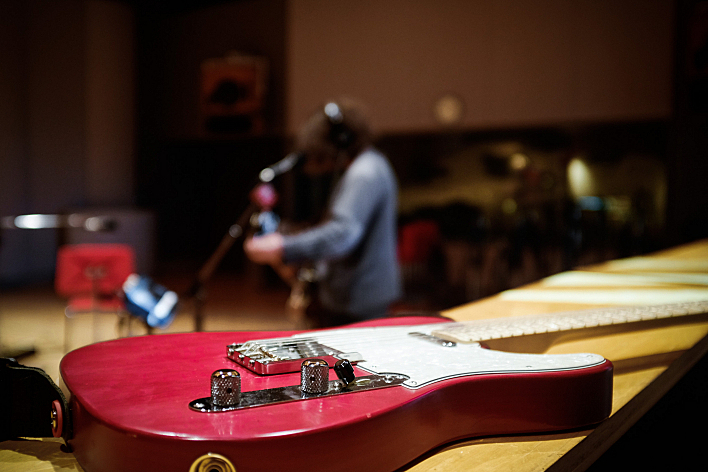 Jason Loewenstein's Telecaster in The Current's studio.