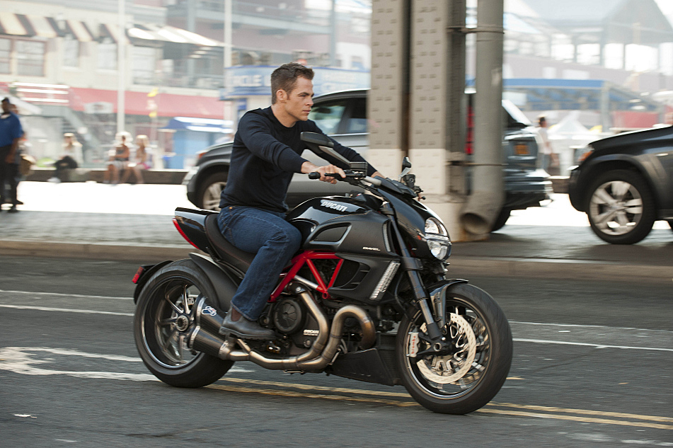 Chris Pine plays young Jack Ryan, cruising the downtown streets of Manhattan in 'Jack Ryan: Shadow Recruit'.
