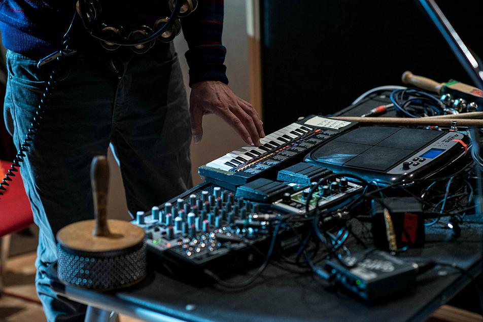 Dr. Dog multi-instrumentalist Dmitri Manos