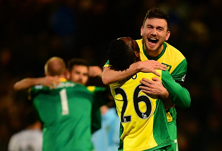 Robert Snodgrass scored the only goal as Norwich moved away from the relegation zone and dented Tottenham's top-four hopes.